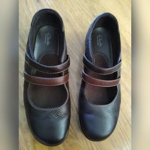 Wide Clarks Brown Mary Jane Flat Shoes Size 10W